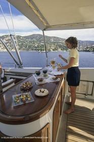Sailing, Cruising, Super yachts, Perrini Navi, Atmosphère