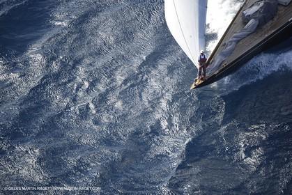 07 10 2006 - Saint Tropez (Fr) - Voiles de Saint Tropez 2006 - Classic Yachts.Shamrock V -  07 10 2006 - Saint Tropez (Fr) - Voiles de Saint Tropez 2006 - Voiliers de tradition