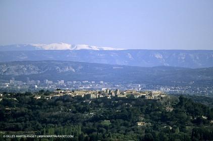 Alpilles hills - Mount Ventoux