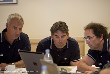 27 04 2008 - Paris (FRA) - 33rd America's Cup - BMW ORACLE Racing - Cup Yacht Design Team Meeting