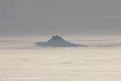 18 07 2012 -Marseille (FRA ) - The Calanques - Unusual foggy conditions - Riou island