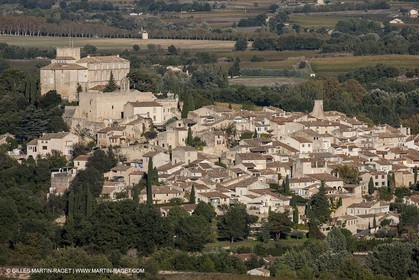 29 10 2012 - Ansouis (FRA,84) - Luberon  seen from above
