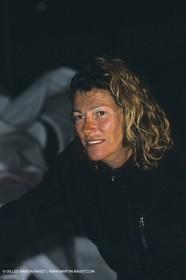 Arrivée du Tour de Corse en double en monotype Figaro, Florence Arthaud, équipière de Philippe Poupon