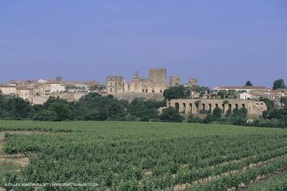 France, Provence, Pays d'Aix en Provence, La Tour d'Aigues