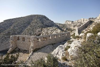 23 03 2009 - Marseille (FRA, 13) - Les Calanques - Castle ruins