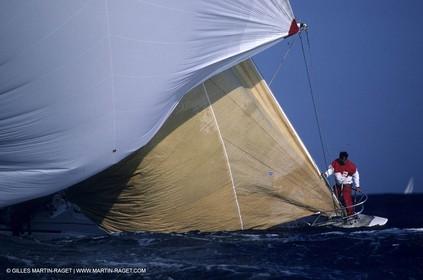 Classic Yachts - 12mJI Class