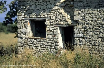 Luberon farm house