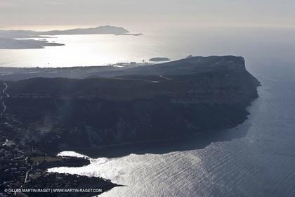 11 03 2009 - Marseille (FRA, 13) -  Les Calanques - Cap Canaille (1er plan) - Baie de la Ciotat - Cap Sicié