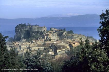 Saignon - Higher Provence village - Luberon