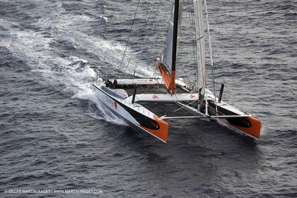 Orange II - 2004 Mediterranée Record - Start off Marseilles