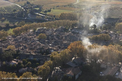 29 10 2012 - Cucuron (FRA,84) - Luberon  seen from above