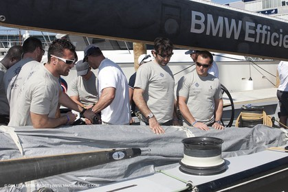 24 01 2009 - Auckland (NZL) -  Louis Vuitton Pacific Series - BMW ORACLE Racing - Boat presentation to other teams