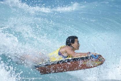 Watersports, surf, bodysurf
