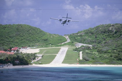 Sailing, cruising destinations, west Indies