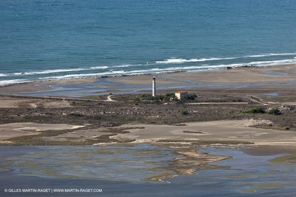 25 09 2010 - Aerial Camargphotos of the coastline from Marseille to La Grande Motte via the Camargue - Phare de Beauduc