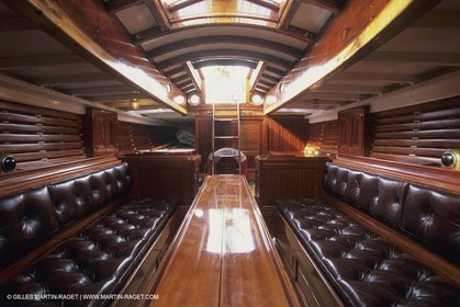 Sailing, Classic yachts, Viola