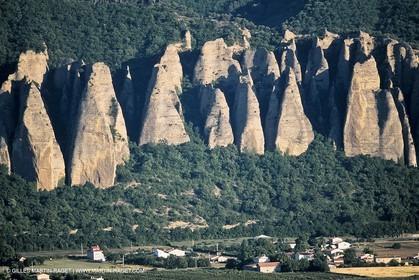 Durance river valley, Les Mées Penitents