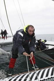 Trophée Jules Verne - Lorient - 30 12 04 - Orange II - Entraînement - A bord - Ronan le Goff
