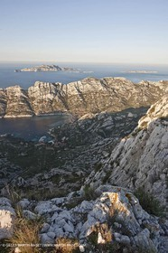 04 04 2009 - Marseille (FRA, 13) - Les Calanques - Marseille as seen from the top of the Baou Rond