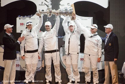 14 02 2010 - Valencia (ESP) - 33rd America's Cup - BMW ORACLE Racing - Match - Race 2