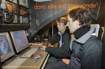 Orange II - Jules Verne Trophy - Training off Lorient - Bruno Peyron + Roger Nilson