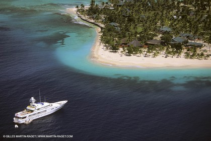 Palm Island Motoryachts - SUPER YACHTS