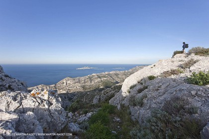 30 04 2009 - Marseille (FRA, 13) - Les Calanques - At the summit of Mount Puget