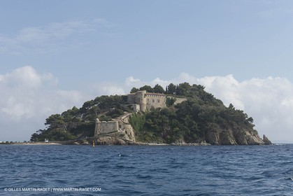 27 08 2014 - Hyères (FRA,83) - Chantier Fountaine-Pajot - Saba 50