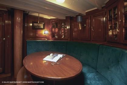 Classic Yachts, oiseau de Feu