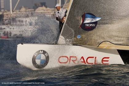 17 11 2010 - Dubai (UAE) - Dubai Louis Vuitton Trophy -  BMW ORACLE Racing Vs  Emirates Team New Zealand