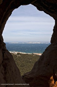 25 03 2009 - Marseille (FRA, 13) - Les Calanques - Massif de Marseilleveyre - La Roche Percée