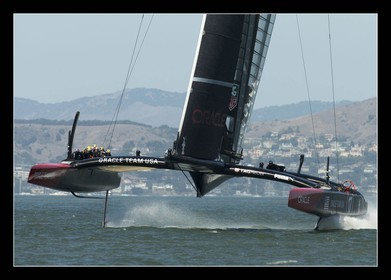 AC 2013 - ORACLE TEAM USA 2