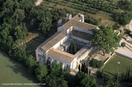 France, Provence, La Roqu d'Anthéron, Abbaye de Silvacane