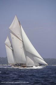 Classic Yachts, Thendara