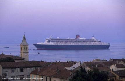 Marseille - Estaque district - Queen Mary II arrival