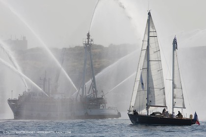 bateau pompe, Marseille, Pen Duick VI